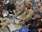 السيسى يزور قاعدة جوية بسيناء ويلتقى أبطال العملية الشاملة سيناء 2018 | صوت مصر نيوز