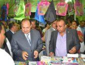 محافظ الفيوم يفتتح معرضاً لبيع مستلزمات المدارس بمركز سنورس | صوت مصر نيوز