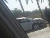 إصابه 5 أشخاص في حادث تصادم سيارة ملاكي بعامود إنارة بالفيوم | صوت مصر نيوز