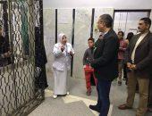 استجابة لشكاوي التزاحم.. محافظ الفيوم يفاجئ مستشفى سنورس المركزي   صوت مصر نيوز