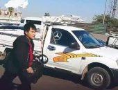 القبض علي السائق صاحب فيديو واقعة التنمر بشخص أجنبي بعد تداوله علي فيسبوك | صوت مصر نيوز