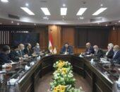 وزير الشباب والرياضة يجتمع باللجنة العليا لليد للوقوف على اخر الاستعدادات للبطولة | صوت مصر نيوز