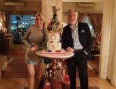الفنان مصطفي فهمي وزوجته يحتفلان برأس السنة الجديده | صوت مصر نيوز