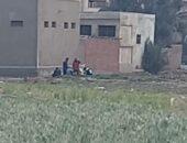 في إستجابة سريعة.. مباحث أول الفيوم تضبط 7 من تجار المخدرات خلف مدرسة السادات | صوت مصر نيوز