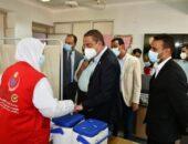 محافظ الفيوم يتفقد مركز تلقي لقاح كورونا بأبوجنشو|صوت مصر نيوز